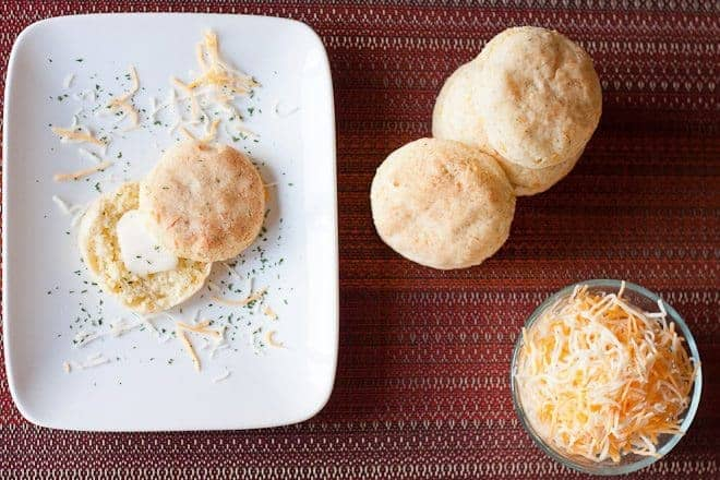 Garlic Cheddar Biscuits : So Very Blessed