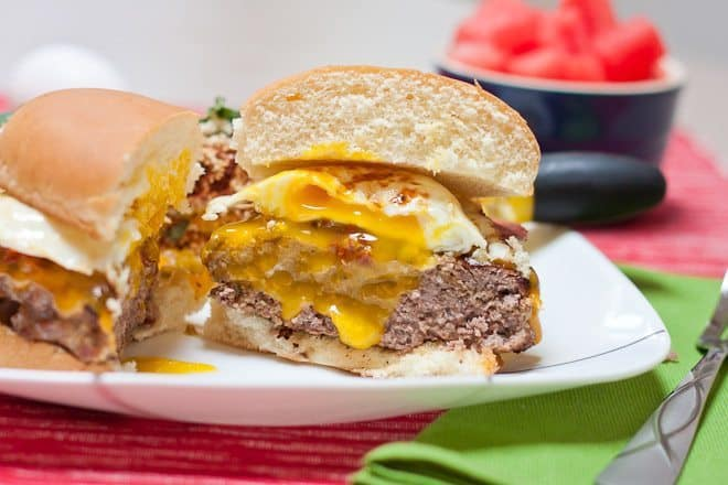 Bacon & Egg Cheeseburgers : So Very Blessed